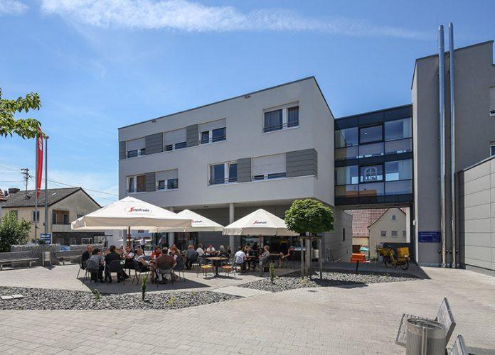 Dienstleistungszentrum Hohenacker